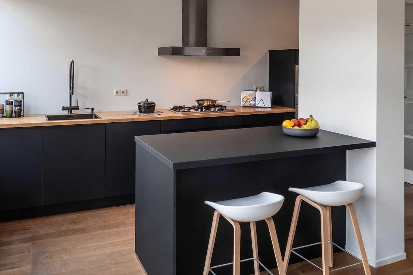 Keukenrenovatie uw keuken renoveren van keukendeurtjes tot