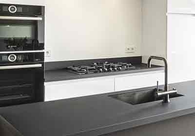 Keukenrenovatie Weert Roermond Bjorn Timmermans werkblad